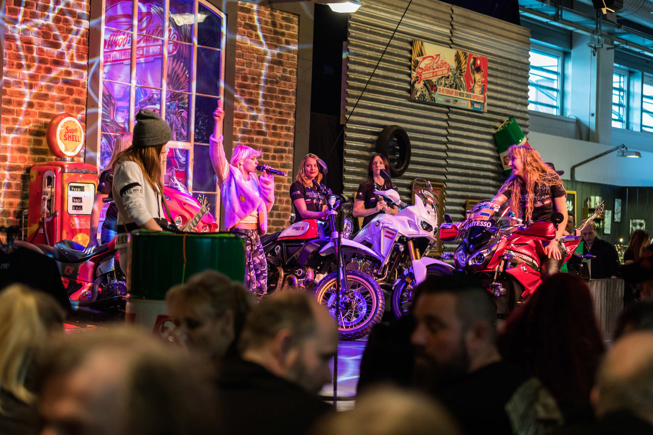 SWISS-MOTO 2018 | Grizzlys Women World Record | Boerni